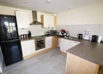 2 bed flat for sale in The Heights, West Bromwich, West Midlands B71