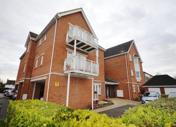 Thumbnail 2 bed flat to rent in Northpoint Close, Sutton, Surrey.
