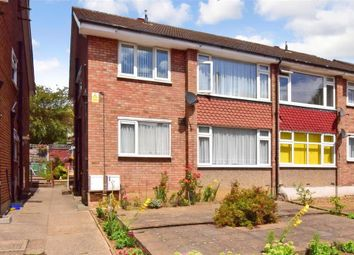 Margaret Way, Ilford, Essex IG4. 2 bed flat