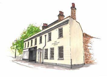 Thumbnail 2 bed flat for sale in Queensway, Hemel Hempstead