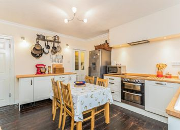 Thumbnail 4 bedroom terraced house for sale in Centre Street, Banbury