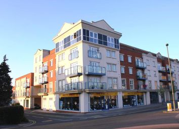 Thumbnail 2 bed flat to rent in Goldsworth Road, Woking