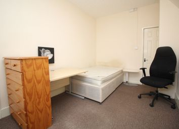 Thumbnail Studio to rent in Noster Hill, Beeston, Leeds