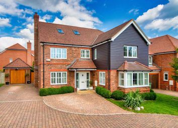 Capability Way, Newbury RG19. 6 bed detached house for sale