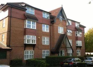 2 bed flat to rent in Bow Arrow Lane, Dartford DA2