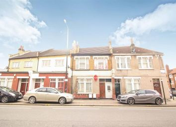 2 bed flat for sale in Wood Street, London E17