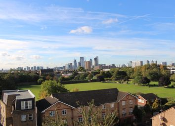 Thumbnail 3 bed flat to rent in Whiston Road, Haggerston