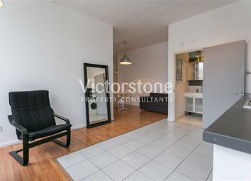 Thumbnail 3 bed flat to rent in Long Street, Hoxton, London