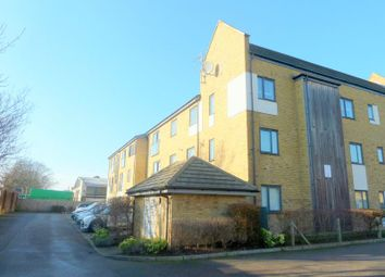 Thumbnail 2 bedroom flat to rent in Salisbury Road, Dartford