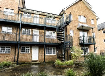 Thumbnail 2 bedroom flat to rent in Knights Place, St Leonards Road, Windsor