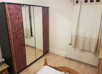 Thumbnail Room to rent in Napier Road, Wembley