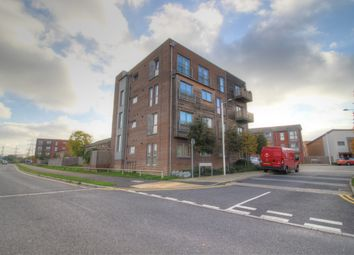 Thumbnail 1 bedroom flat for sale in Sympathy Vale, Dartford
