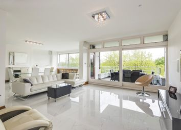 3 bed flat for sale in Imperial Court, St John's Wood NW8