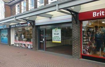 Thumbnail Retail premises to let in 38 Vicarage Field, Hailsham, East Sussex
