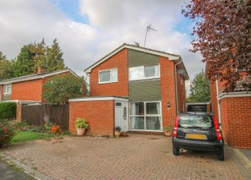 Thumbnail 4 bed detached house for sale in Chestnut Close, Waddesdon, Aylesbury
