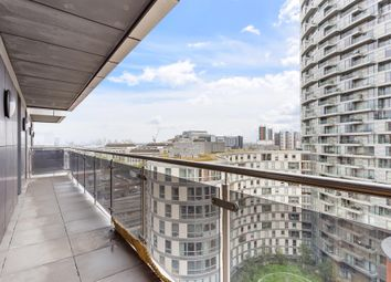 3 bed flat for sale in Streamlight Tower, Province Square, London E14