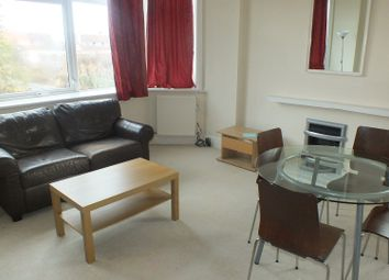 Thumbnail 3 bed flat to rent in Ashleigh Road, Leeds