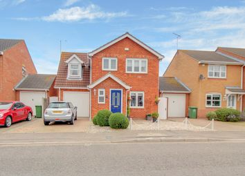 Thumbnail 3 bed detached house for sale in Twinstead, Wickford