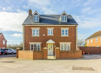 Thumbnail 6 bed detached house for sale in Callington Road, Swindon