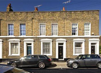 3 bed property for sale in Barnes Street, London E14