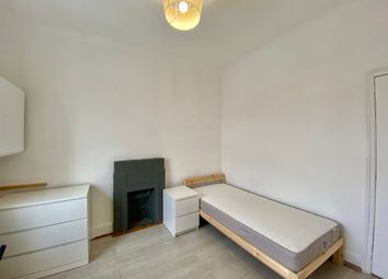 Thumbnail Room to rent in Regent's Park Road, Finchley Central, London