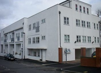 1 bed flat to rent in Park Road, London N14