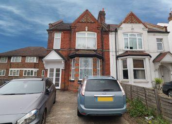 2 bed flat to rent in Pinner Road, North Harrow, Harrow HA1