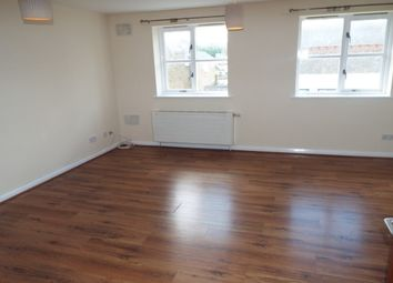 Thumbnail 2 bedroom flat to rent in West Street, Gravesend
