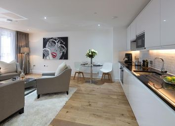 Thumbnail 1 bed flat for sale in South End, Croydon, London
