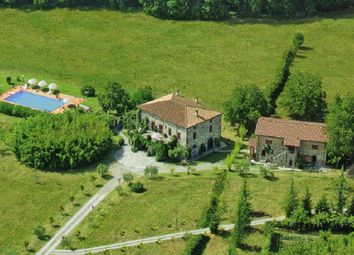 Thumbnail 6 bed farmhouse for sale in Villafranca In Lunigiana, Massa And Carrara, Italy