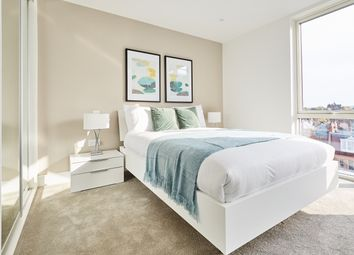 Thumbnail 3 bedroom flat for sale in Streatham Hill, London