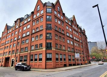 2 bed flat to rent in Sackville Place, Bombay St, Manchester M1