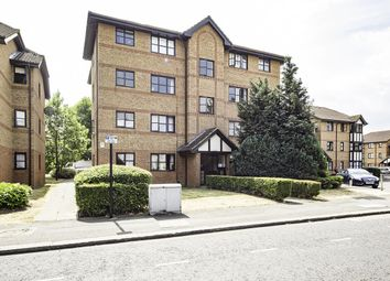 Thumbnail 1 bed flat for sale in Chamberlain Place, London