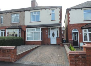 Thumbnail 3 bed town house to rent in Springwood Avenue, Chadderton, Oldham