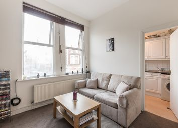 Thumbnail 1 bed flat to rent in Lavender Hill, Battersea, London