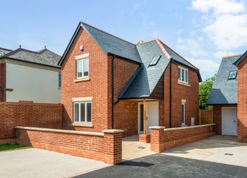 Thumbnail 3 bed detached house for sale in Fairview Road, Salisbury
