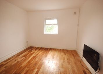 Thumbnail Studio to rent in Fortunegate Road, Willesden Junction, London