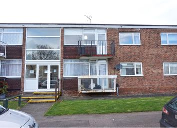 Thumbnail 2 bedroom flat for sale in Cypresscourt, Rochester