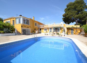 Thumbnail 4 bed chalet for sale in Calle Ucrania, 38 Los Balcones Torrevieja, Torrevieja, Valencia
