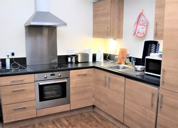 2 bed flat to rent in Museum Street, Colchester CO1