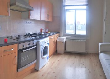 Thumbnail 2 bed flat to rent in Askew Road, Shepherds Bush