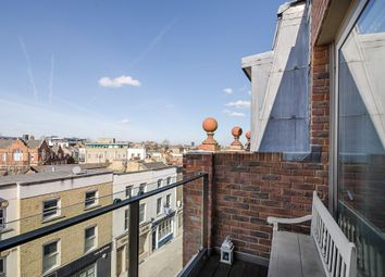 Thumbnail 2 bed flat to rent in Wingate Square, London