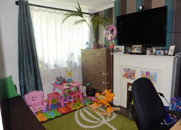 Thumbnail 2 bed maisonette for sale in Shelley Close, Greenford