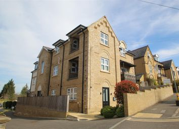 Priory Road, High Wycombe HP13. 2 bed flat for sale