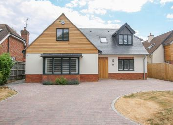 Thumbnail 5 bed detached house to rent in Bovingdon Green, Marlow