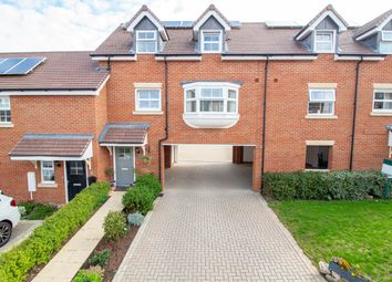 Poulter Place, Church Crookham, Fleet GU52. 3 bed property