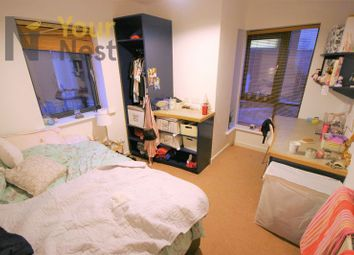 Thumbnail 4 bed flat to rent in Derwentwater Terrace, Headingley