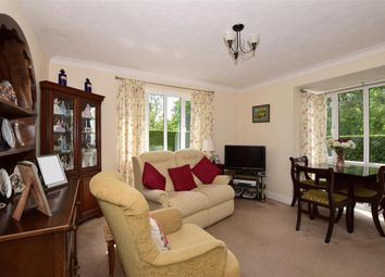 Thumbnail 2 bedroom flat for sale in Kirk Rise, Sutton, Surrey