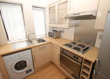 Thumbnail 2 bed flat to rent in Lime Close, London