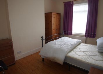 Thumbnail Room to rent in Osborne Road, Enfield